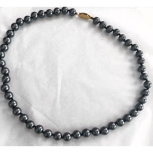 VINTAGE BLACK FAUX PEARL FISHHOOK CLASP NECKLACE